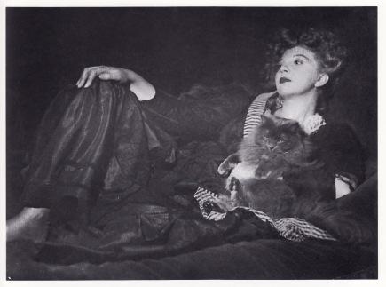 Leonor Fini, por Veno Pilon