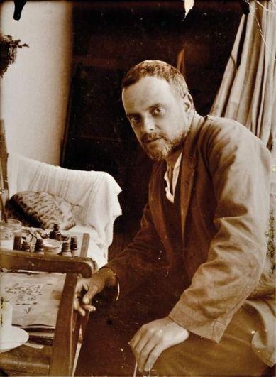 Paul Klee y Fripouille (Foto de Felix Klee - 1929)