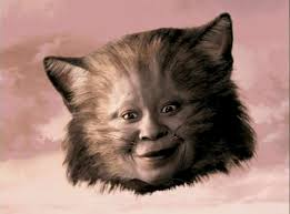 Whoopi Goldberg como el gato de Cheshire